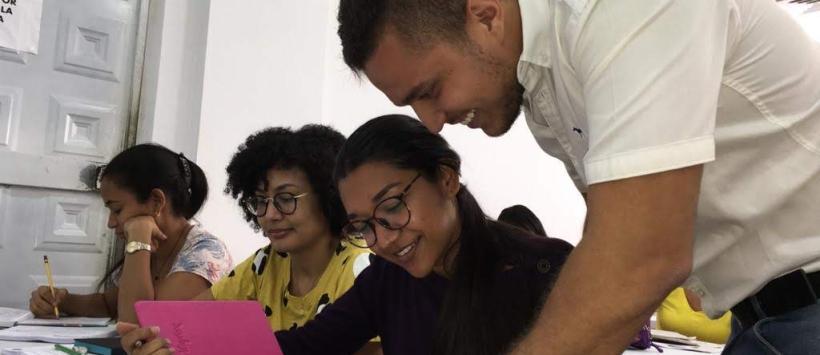 Pflegeprojekt Kolumbien – Seit Montag wird eifrig Deutsch gelernt
